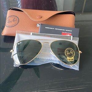 Ray an sunglasses G-15 lenses 55